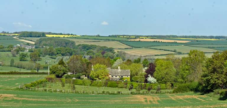 Evenlode Valley - from the B4437