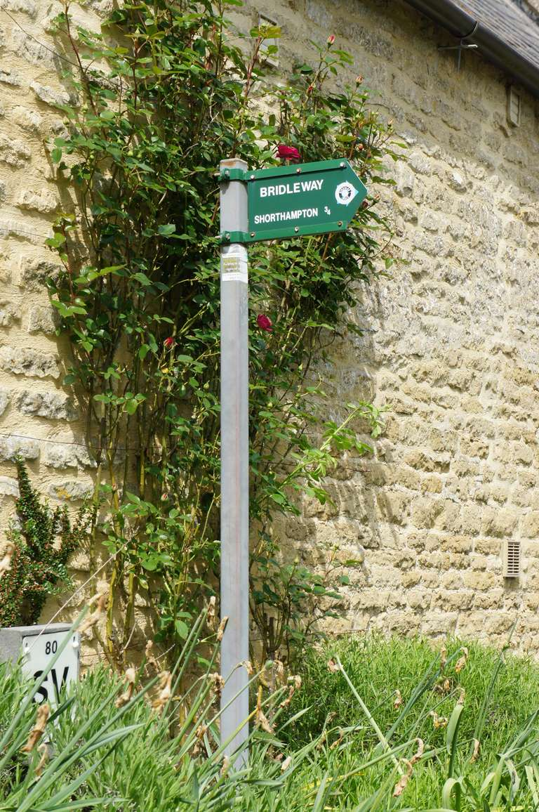 Shorthampton Bridlepath sign in Chilson