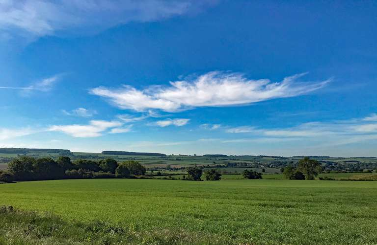 Looking towards Ascott Under Wychwood, from north of Pudlicote